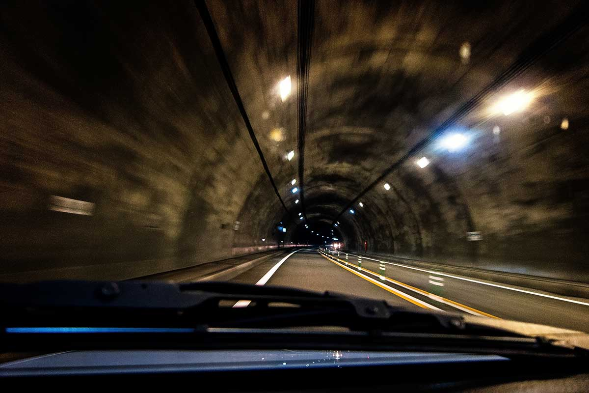 「車の運転が怖い」を克服する9つのポイント