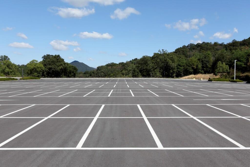 駐車場は止めやすいところへ