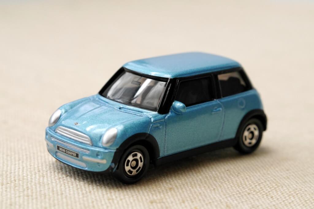 普通車か軽自動車か