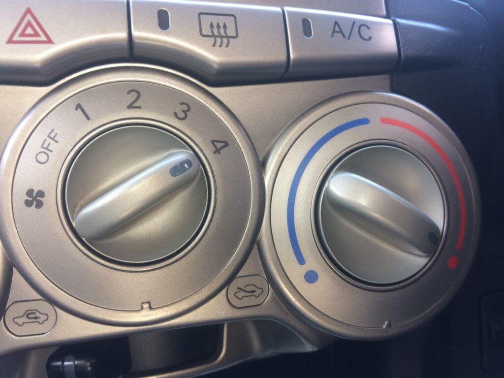 【対策3】外気導入モードでエアコンON
